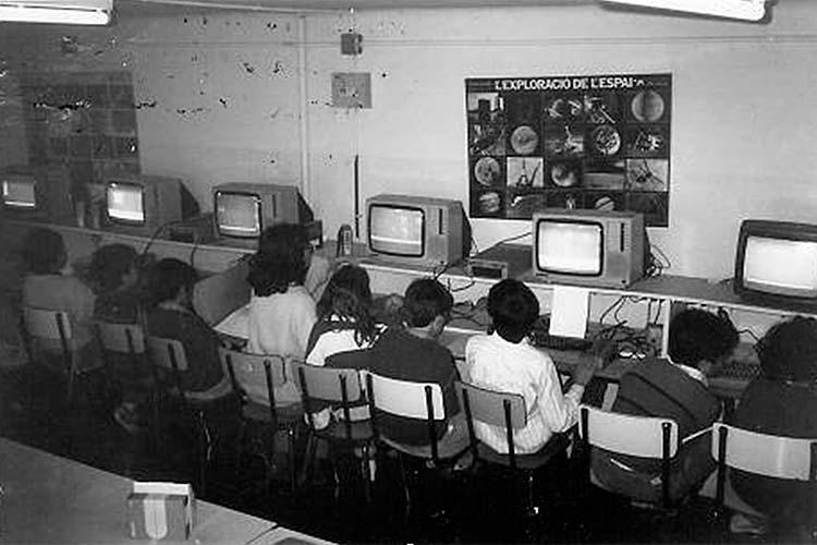 Sala d'ordinadors. Curs 85-86